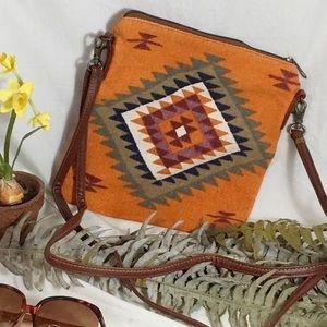 NWT Autumn Breeze Tribal Print Crossbody